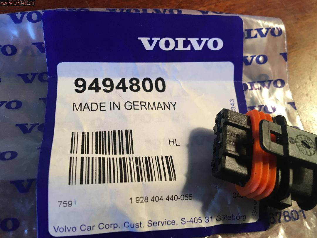 Volvo  -- Ignition Coil Receptacle Housing
